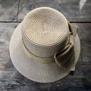 Chapeau de paille marron clair-brun sable