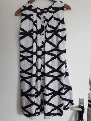 Hochwertiges Designer-Kleid, sommerlich leicht, hoher Seidenanteil