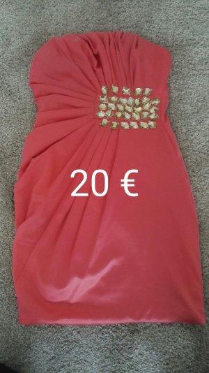 Hochwertiges elegantes Kleid
