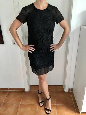 Hochwertiges Kleid aus Spitze