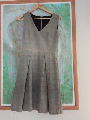 Hochwertiges Kleid von Turnover