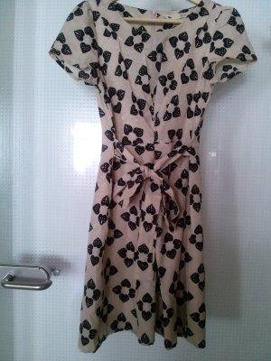 hochwertiges Kurzarmkleid von Yumi, Gr. 38 (fällt klein aus)