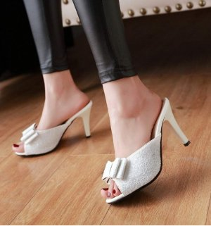 Heel Pantolettes white