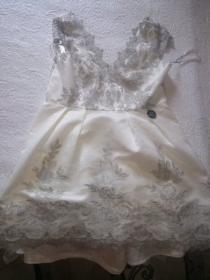 Chi Chi London Wedding Dress white-silver-colored polyester