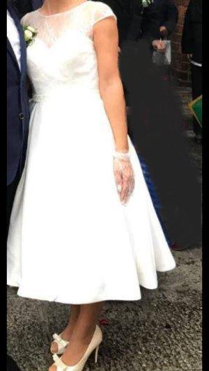 Robe de mariée blanc-crème soie