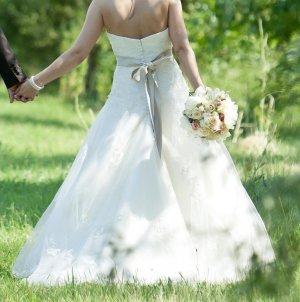 Hochzeitskleid / Brautkleid Sincerity Gr. 34/36 Ivory und Taupe