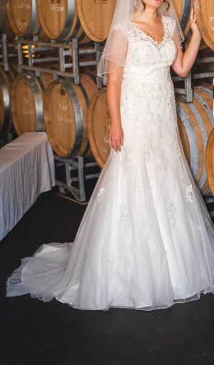 Hochzeitskleid Gr. 36/38 mit passendem Reifrock Gr. 36, ivory