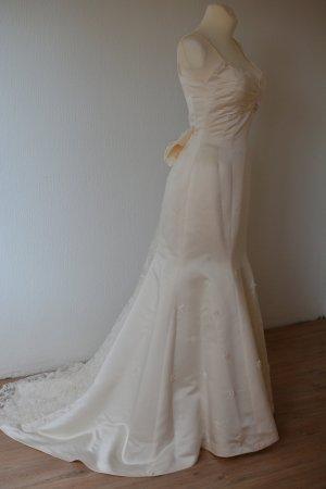 Hochzeitskleid in Ivory