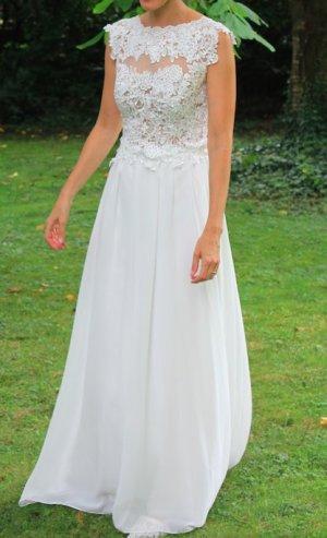 Hochzeitskleid lang mit Spitzenoberteil