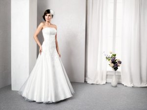 Hochzeitskleid Marke Kareen