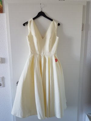 Chi Chi London Wedding Dress natural white-cream