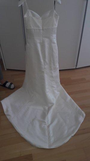 Hochzeitskleid und Zubehör
