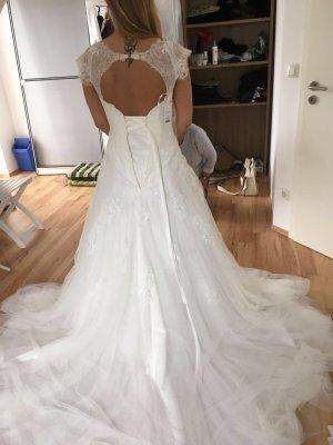 Hochzeitskleid v. Lilly