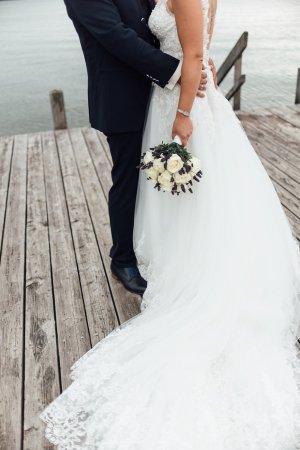 Vestido de novia blanco-beige claro