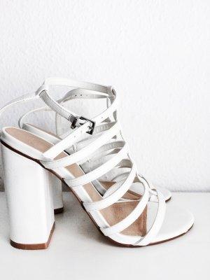 Asos Sandalias de tacón de tiras blanco Imitación de cuero