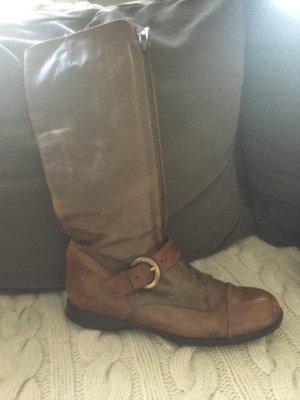 Hogan , Lederstiefel mit Schnalle