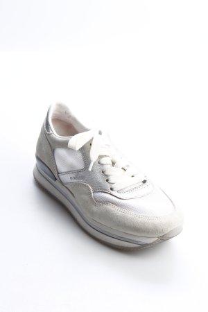 Hogan Sneaker weiß-silberfarben Street-Fashion-Look