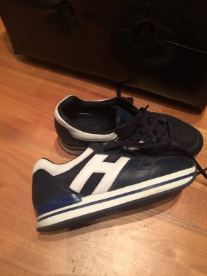 Hogan Sneakers in dunkelblau