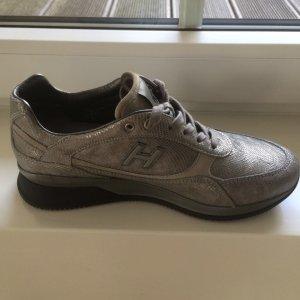HOGAN Sneakers in Silber, Phython, seitliches H für HOGAN, Gr. 37= 38, neuwertig