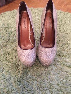Schuhe günstig kaufen   Second Hand   Mädchenflohmarkt 0c7b67720a