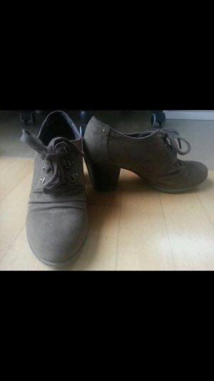 Hohe Schuhe bequem Wildleder
