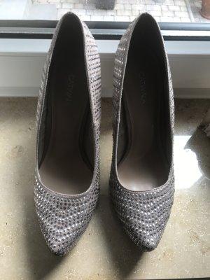Hohe Schuhe Größe 40