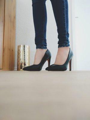 Hohe Schuhe High Heels schwarz Pumps
