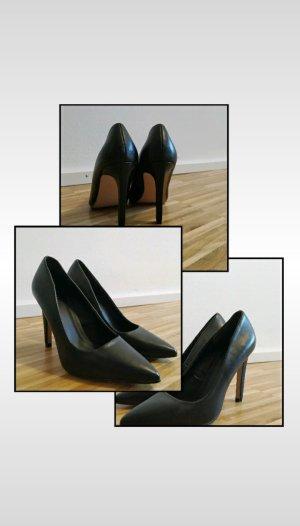 hohe Schuhe schwarz