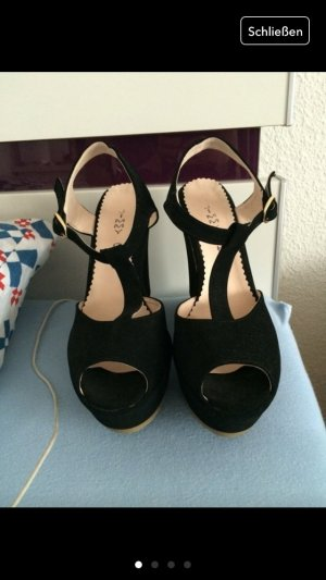 Tacones altos negro