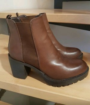 Hohe Schuhe von Anna Field