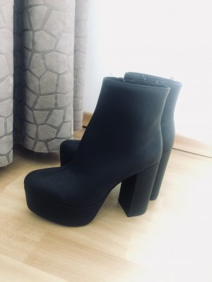 Hohe Schuhe von H&M