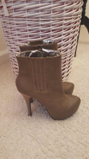 hohe Schuhe von JustFab