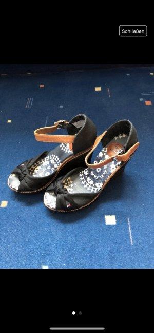 Hohe Schuhe von Tommy Hilfiger