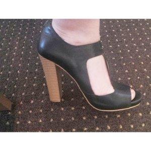 Hohe Schuhe von Zara / halboffen