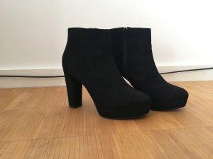 New Look Platform High-Heeled Sandal black suede