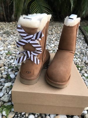 UGG Snow Boots light brown-white