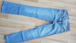 Hollister Boot Jeans mit Farbspritzer