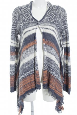 Hollister Cardigan Streifenmuster Street-Fashion-Look