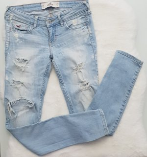 Hollister Destroyed ripped Jeans
