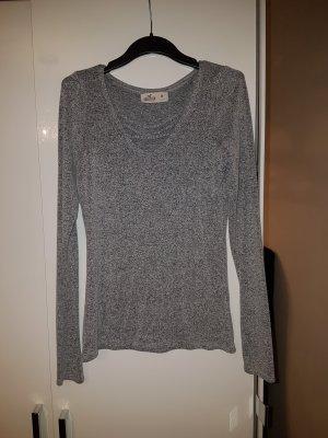 Hollister / Gr. M / Kuschelpullover Pullover grau mit tollem Ausschnitt - NP 49 Euro