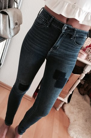 Hollister High Waist Blogger Super Skinny Jeans Patches NEU W24 L31
