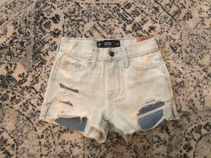 Hollister High Waist Denim Shorts Hot Pants Destroyed Risse Löcher Festival