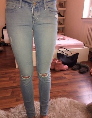 Hollister Jeans 26/ 31 hellblau