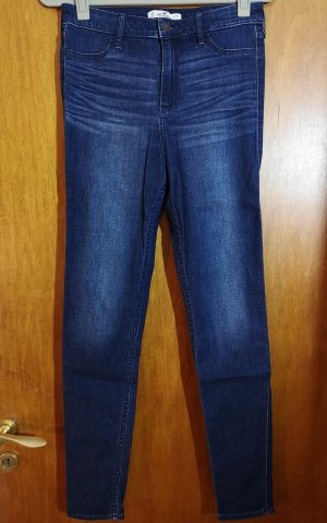 Hollister Jeans-Leggings – Dunkelblau mit Waschung u. Faltenoptik