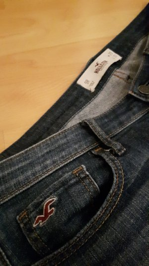 Hollister Jeans mit Applikationen