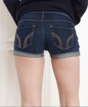 Hollister Jeans Shorts Hotpants low rise 00 W23 NEU