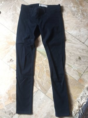 Hollister Jeans w 26