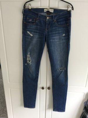Hollister Jeans w26/ l 33
