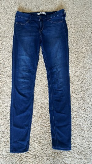 Hollister Jeggins W28 L31