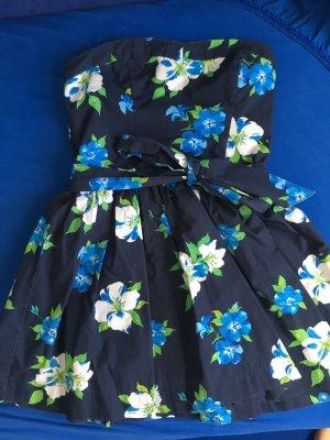 Hollister Kleid mit Blumenmuster